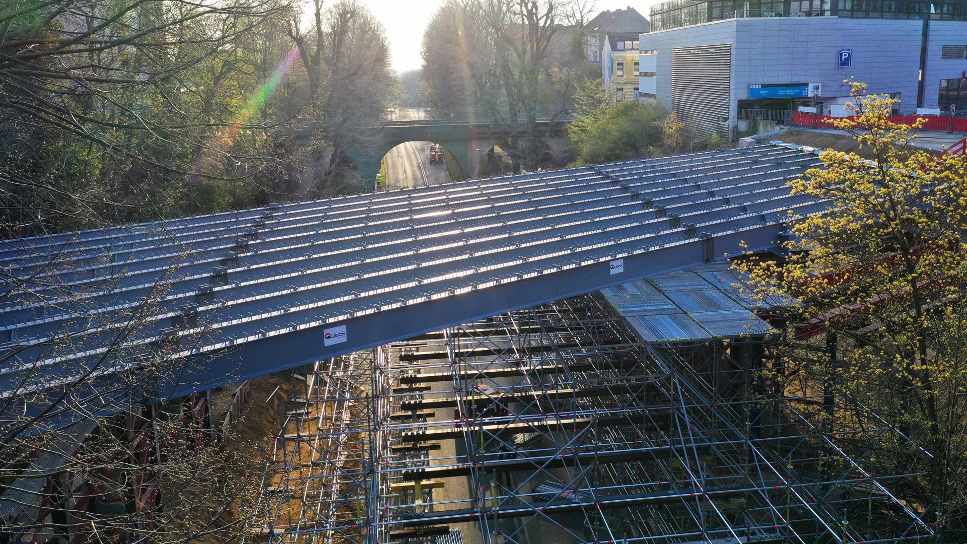 Draheim Steel Brücke Viersener Straße von oben im Bau